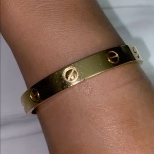 Cartier 17inch Gold Love bracelet
